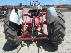D&D Sales Cortez CO Used Ford 900 Gas Tractor