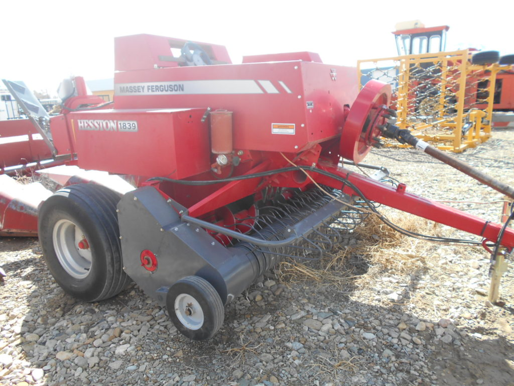 D&D Sales Cortez, CO Used Massey Ferguson 1839 Baler