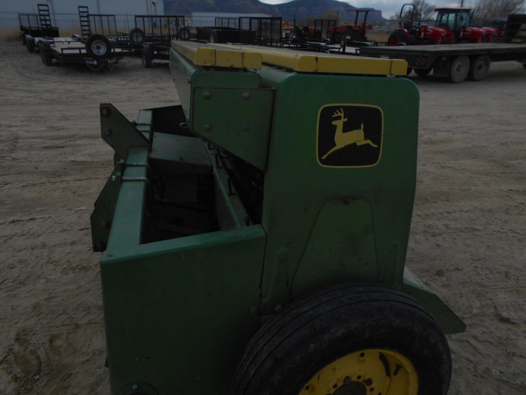 D&D Sales Cortez, CO Used John Deere 8' 1500 Power Drill Stock